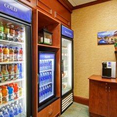 Отель Hilton Garden Inn Ottawa Airport Канада, Оттава - отзывы, цены и фото номеров - забронировать отель Hilton Garden Inn Ottawa Airport онлайн питание фото 2