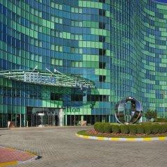 Отель Hilton Capital Grand Abu Dhabi парковка