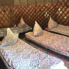 Отель Turkestan Yurt Camp Кыргызстан, Каракол - отзывы, цены и фото номеров - забронировать отель Turkestan Yurt Camp онлайн пляж
