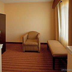 Holiday Inn Express Hotel & Suites Greenville Airport комната для гостей