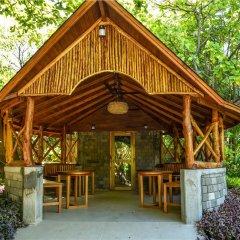 Отель Reethi Faru Resort фото 7