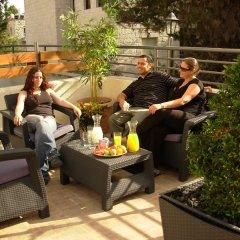 A Little House In Rechavia Израиль, Иерусалим - отзывы, цены и фото номеров - забронировать отель A Little House In Rechavia онлайн бассейн фото 2
