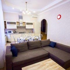 Апартаменты Four-room apartment on Nevsky 106 комната для гостей фото 3