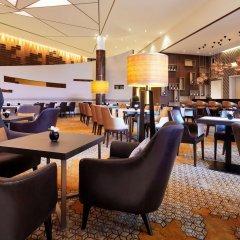 Отель Sheraton Berlin Grand Hotel Esplanade Германия, Берлин - 6 отзывов об отеле, цены и фото номеров - забронировать отель Sheraton Berlin Grand Hotel Esplanade онлайн гостиничный бар