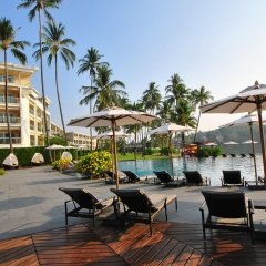 Отель Crowne Plaza Phuket Panwa Beach бассейн фото 2