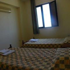 Отель Sea 'n Lake View Hotel Apartments Кипр, Ларнака - 1 отзыв об отеле, цены и фото номеров - забронировать отель Sea 'n Lake View Hotel Apartments онлайн сейф в номере