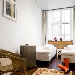 Archipelago Hostel Old Town Стокгольм комната для гостей