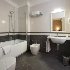 Отель iH Hotels Roma Dei Borgia ванная фото 2
