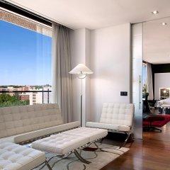 Отель Hilton Madrid Airport балкон
