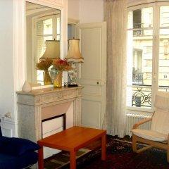 Отель Arlette La Fourche Франция, Париж - отзывы, цены и фото номеров - забронировать отель Arlette La Fourche онлайн комната для гостей фото 3