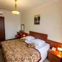 Гостиница Аструс - Центральный Дом Туриста, Москва 4* Стандартный номер с двуспальной кроватью фото 3