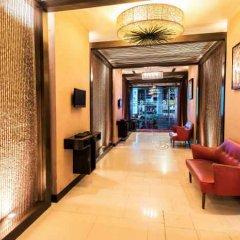 Отель Bally Suite Silom Бангкок интерьер отеля