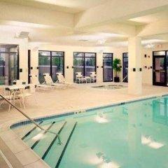 Отель Courtyard by Marriott Newark Elizabeth США, Элизабет - отзывы, цены и фото номеров - забронировать отель Courtyard by Marriott Newark Elizabeth онлайн бассейн фото 2