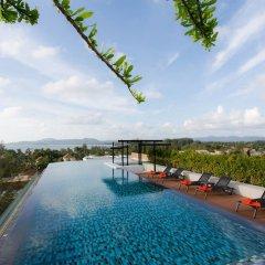 Отель Surin Loft by Holiplanet Таиланд, Камала Бич - отзывы, цены и фото номеров - забронировать отель Surin Loft by Holiplanet онлайн бассейн