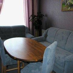 Гостиница Хит Парк комната для гостей фото 5