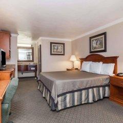 Отель Travelodge by Wyndham Sylmar CA США, Лос-Анджелес - отзывы, цены и фото номеров - забронировать отель Travelodge by Wyndham Sylmar CA онлайн удобства в номере