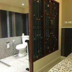 Отель Phuket Airport Suites & Lounge Bar - Club 96 Таиланд, Пхукет - отзывы, цены и фото номеров - забронировать отель Phuket Airport Suites & Lounge Bar - Club 96 онлайн ванная