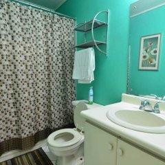 Отель Bella Vista New Kingston Ямайка, Кингстон - отзывы, цены и фото номеров - забронировать отель Bella Vista New Kingston онлайн ванная фото 2