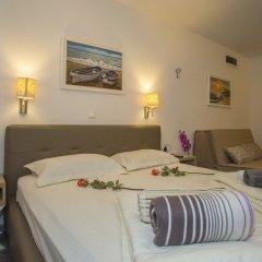 Отель Guesthouse Aleto сейф в номере