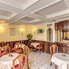 Hotel Cinquantatre гостиничный бар