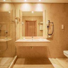Отель NH Lisboa Campo Grande ванная