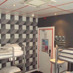 Отель The Flying Pig Uptown Нидерланды, Амстердам - отзывы, цены и фото номеров - забронировать отель The Flying Pig Uptown онлайн интерьер отеля