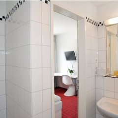 Отель Cityhotel Monopol Германия, Гамбург - отзывы, цены и фото номеров - забронировать отель Cityhotel Monopol онлайн ванная фото 2