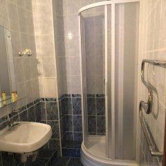 Гостиница Golf Hotel Sorochany в Курово отзывы, цены и фото номеров - забронировать гостиницу Golf Hotel Sorochany онлайн ванная