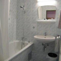 Отель Pension Schonbrunn Вена ванная