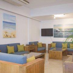 Отель Trizas Hotel Apartments Кипр, Протарас - отзывы, цены и фото номеров - забронировать отель Trizas Hotel Apartments онлайн интерьер отеля