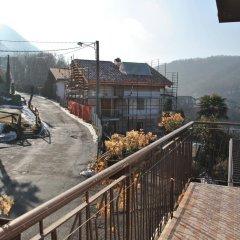 Отель Albergo Ristorante Pizzeria Bellavista Каренно балкон