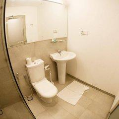 Отель CityRest Fort Шри-Ланка, Коломбо - 1 отзыв об отеле, цены и фото номеров - забронировать отель CityRest Fort онлайн ванная