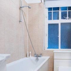 Апартаменты Studio in Fantastic Location Лондон ванная