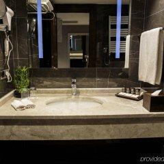 Grand Aras Hotel & Suites Турция, Стамбул - отзывы, цены и фото номеров - забронировать отель Grand Aras Hotel & Suites онлайн ванная
