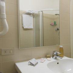 Отель Nives Италия, Риччоне - отзывы, цены и фото номеров - забронировать отель Nives онлайн ванная