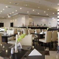 Отель Grand East Hotel - Resort & Spa Dead Sea Иордания, Сваймех - отзывы, цены и фото номеров - забронировать отель Grand East Hotel - Resort & Spa Dead Sea онлайн питание фото 2