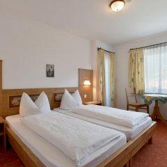 Отель Gästehaus Edinger Австрия, Зёлль - отзывы, цены и фото номеров - забронировать отель Gästehaus Edinger онлайн комната для гостей фото 5