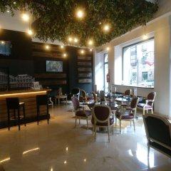Отель Tryp Madrid Atocha Hotel Испания, Мадрид - 8 отзывов об отеле, цены и фото номеров - забронировать отель Tryp Madrid Atocha Hotel онлайн гостиничный бар