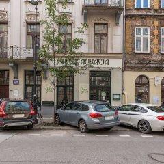 Отель Accommodo Apartament Emilii Plater Польша, Варшава - отзывы, цены и фото номеров - забронировать отель Accommodo Apartament Emilii Plater онлайн парковка