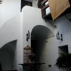 Отель La Casa de Bovedas Charming Inn вид на фасад фото 2