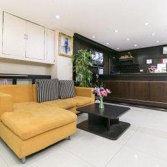 Отель Everest Boutique 8 Inn Бангкок интерьер отеля