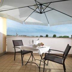 Отель Al Pino Verde Италия, Кампозампьеро - отзывы, цены и фото номеров - забронировать отель Al Pino Verde онлайн балкон