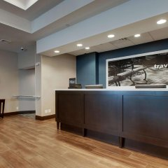 Отель Hampton Inn by Hilton Pawtucket интерьер отеля