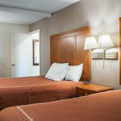 Отель Rodeway Inn & Suites Niagara Falls США, Ниагара-Фолс - отзывы, цены и фото номеров - забронировать отель Rodeway Inn & Suites Niagara Falls онлайн удобства в номере фото 2