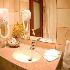 Отель Al Liwan Suites ванная