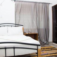 Отель EastWest Hospitality Сьерра-Леоне, Фритаун - отзывы, цены и фото номеров - забронировать отель EastWest Hospitality онлайн комната для гостей фото 3
