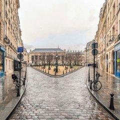 Отель Spacious and Charming Flat on île de la Cité Париж