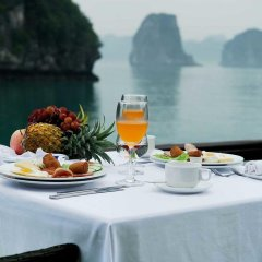 Отель Legend Halong Private Cruise питание фото 2
