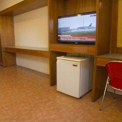 Отель Nichols Airport Hotel Филиппины, Паранак - отзывы, цены и фото номеров - забронировать отель Nichols Airport Hotel онлайн удобства в номере