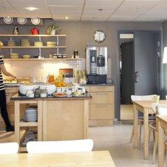 Отель STF Malmö City Hostel & Hotel Швеция, Мальме - 2 отзыва об отеле, цены и фото номеров - забронировать отель STF Malmö City Hostel & Hotel онлайн питание фото 2